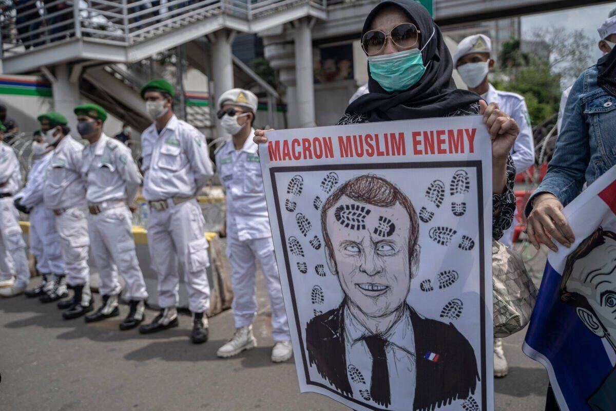 Francia parece estar maldita, y todo se debe a Macron